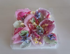 食べれる花を加工したクリスタルフルール